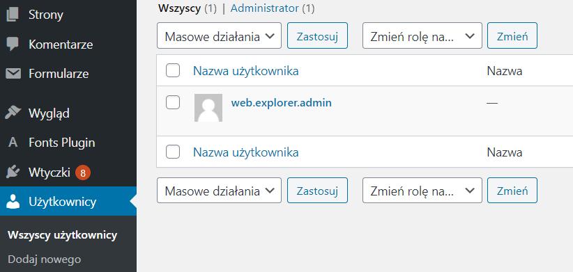 Kliknij w sekcję Użytkownicy - Edytuj informacje o wskazanym użytkowniku tj. autorze wpisów
